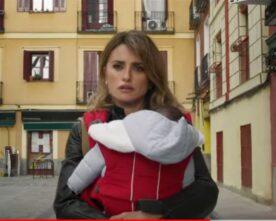 Madres Paralelas: il film di Pedro Almodóvar apre Venezia78, a cura di Paola Smurra